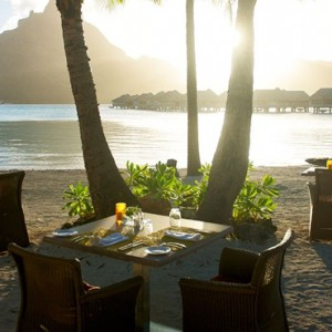 The Sands Restaurant - InterContinental Bora Bora Resort and Thalasso Spa - Luxury Bora Bora honeymoon Packages