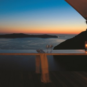 dining 3 - sun Rocks Hotel Santorini - luxury santorini honeymoon packages