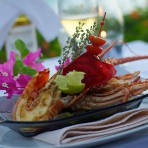 dining - Intercontinental Bora Bora Le Moana Resort - Luxury Bora Bora Honeymoon Packages