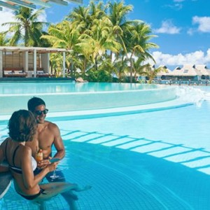 pool bar---Conrad-Bora-Bora-Nui-Resort---Luxury-Bora-Bora-Honeymoon-Packages-