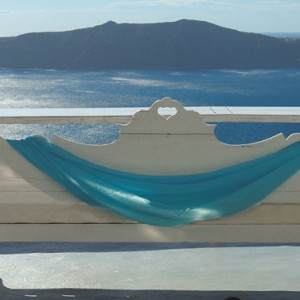 relax - sun Rocks Hotel Santorini - luxury santorini honeymoon packages