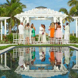 Bahamas Honeymoon Packages Sandals Emerald Bay Wedding