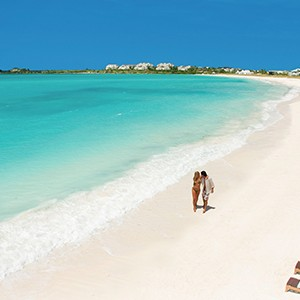 Couple On The Beach - Sandals Emeral Bay Golf Tennis and Spa Resort - Luxury Bahamas Holidays
