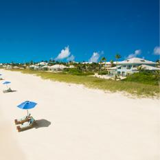 Sandals-Emerald-Bay-beach