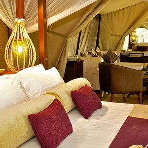 Mara-Intrepids-tent-living-room