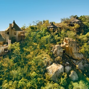 Ulusaba-Private-Game-Reserve-cliff-lodge