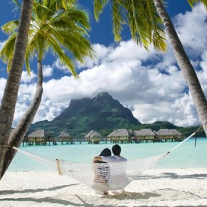 Beach 3 - Bora Bora Pearl Beach Resort - Luxury Bora Bora Honeymoon Packages