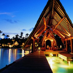 Dining - Bora Bora Pearl Beach Resort - Luxury Bora Bora Honeymoon Packages