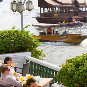 Mandarin-Oriental-Bangkok-riverside-restaurant