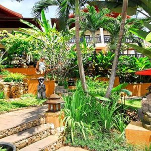 Thailand Honeymoon Packages Rockys Boutique Resort, Koh Samui Lush Garden