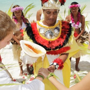Wedding 2 - Bora Bora Pearl Beach Resort - Luxury Bora Bora Honeymoon Packages