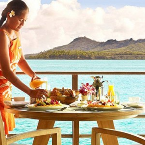 dining 3 - Four Seasons Bora Bora - Luxury Bora Bora Honeymoon Packages