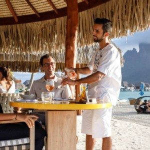 dining 7 - Four Seasons Bora Bora - Luxury Bora Bora Honeymoon Packages