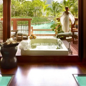 spa - Four Seasons Bora Bora - Luxury Bora Bora Honeymoon Packages
