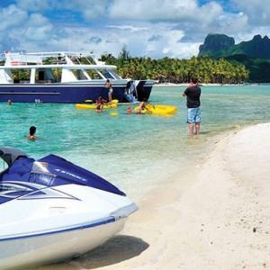 watersports 4 - Four Seasons Bora Bora - Luxury Bora Bora Honeymoon Packages