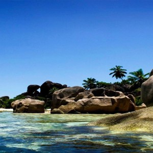 Banyan Tree Seychelles - Luxury Seychelles Honeymoon Packages -Day tour to praslin and la digue