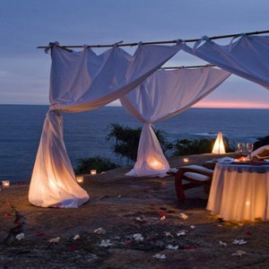 Banyan Tree Seychelles - Luxury Seychelles Honeymoon Packages - Private dining