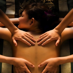 Banyan Tree Seychelles - Luxury Seychelles Honeymoon Packages - Spa massage