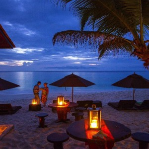 Banyan Tree Seychelles - Luxury Seychelles Honeymoon Packages - rumshack at night