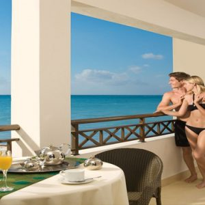 Jamaica Honeymoon Packages Secrets Wild Orchid Montego Bay Preferred Club Presidential Suite2