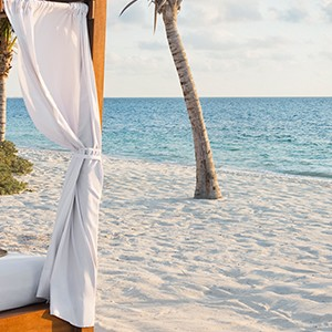 Luxury Honeymoon Packages - Excellence Palay Mujeures - beach