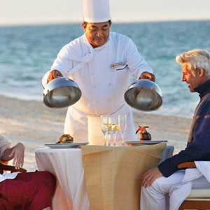 Luxury Honeymoon Packages - Excellence Palay Mujeures - beach dining