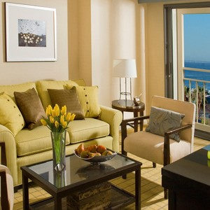Loews Santa Monica Grand King Suite