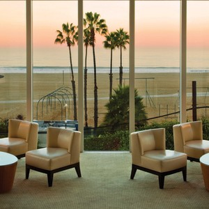 Loews Santa Monica Lounge