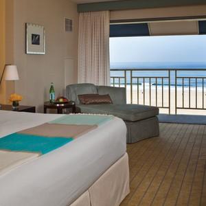 Loews Santa Monica Room