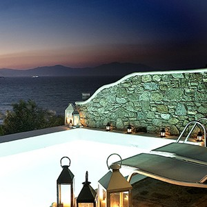 Bill & Coo Suites and Lounge Mykonos - Greece Honeymoon - Executive Suite Pool