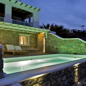 Bill & Coo Suites and Lounge Mykonos - Greece Honeymoon - Private pool