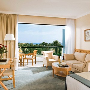 Constantinou Bros Asimina Suites - Cyprus Honeymoon Packages - bedroom 2