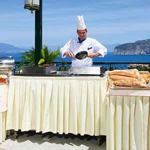 Grand Hotel Capodimonte - Italy Honymoon Packages - buffet