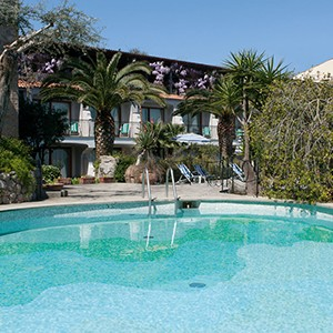 Grand Hotel Capodimonte - Italy Honymoon Packages - pool