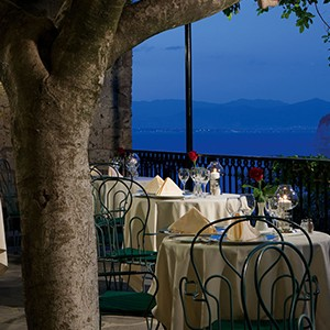 Grand Hotel Capodimonte - Italy Honymoon Packages - restaurant