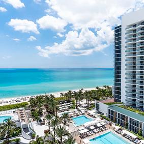 Miami Honeymoon Packages Eden Roc Miami Beach Thumbnail1