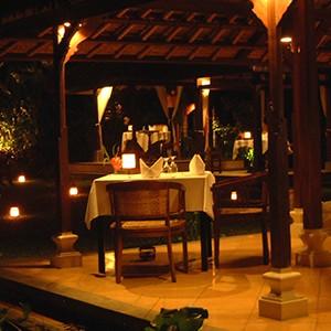 Pavilions, Bali - bali honeymoon - restaurat