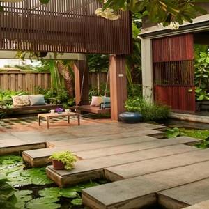Thailand Honeymoon Packages Let's Sea Hua Hin Alfresco Resort Swing In The Restaurant