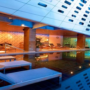 Thailand Honeymoon Packages LiT Bangkok Pool Sun Loungers1