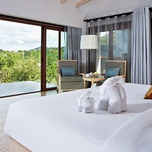 The Shore at Kata Thani - bedroom