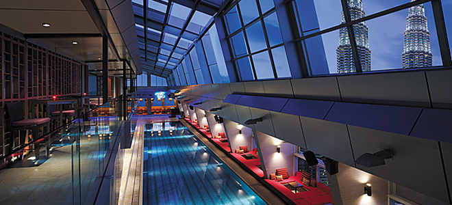 Traders Kuala Lumper - pool bar