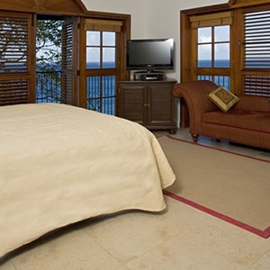 Cap Maison - St Lucia Honeymoon Packages - bed