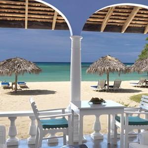 Jamaica Inn - Jamaica Honeymoon Packages - deck