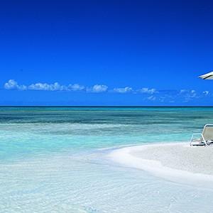 Jumby Bay - Antigua Honeymoon Packages - sandbank