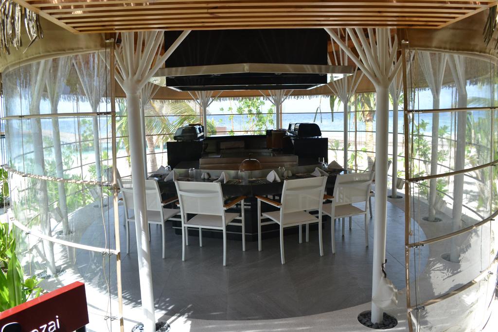 Kandolhu-Maldives-dining