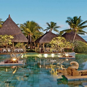 La Pirogue Resort and Spa - Luxury Mauritius Honeymoon Packages - Pool2