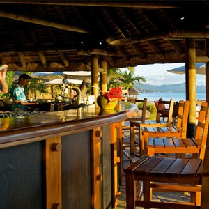 La Pirogue Resort and Spa - Luxury Mauritius Honeymoon Packages - beach bar 1