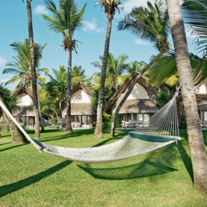La Pirogue Resort and Spa - Luxury Mauritius Honeymoon Packages - hammock