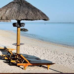 Le Cardinal - Mauritius Honeymoon Packages - beach