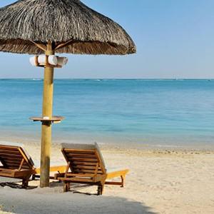Le Cardinal - Mauritius Honeymoon Packages - beach2